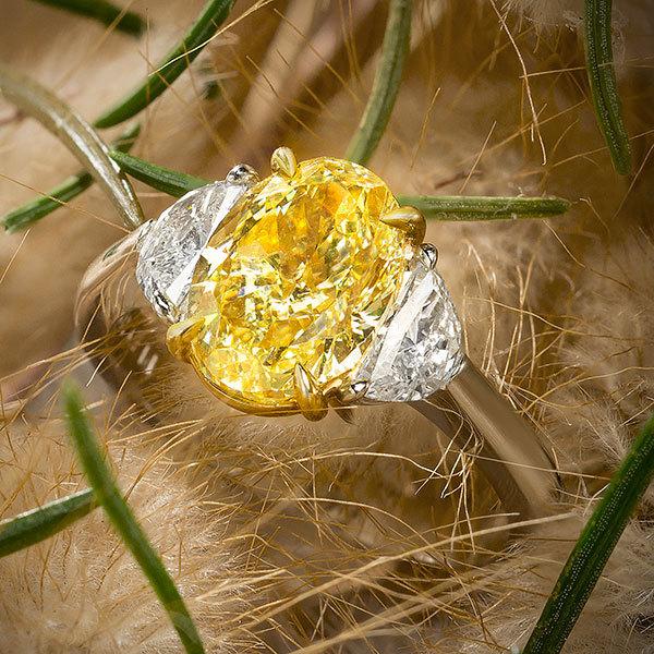 Jeffrey Daniels Fancy Yellow Diamond Ring